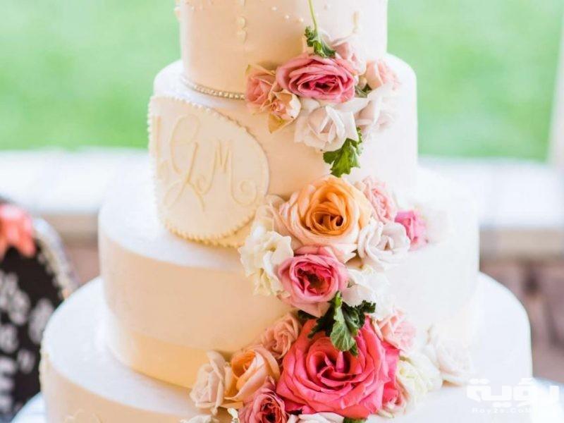 صور تورتات زفاف جميلة 2021 اشكال تورتات شيك للعرائس