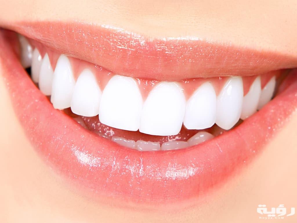 تفسير رؤية الاسنان