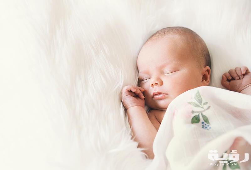 حلمت اني خلفت ولد جميل وانا حامل